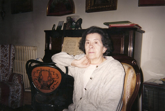 Maria ngles Anglada